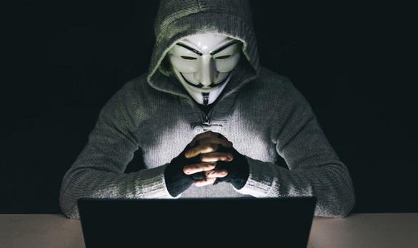 У Черкасах викрили хакера, який зламав базу даних одного з популярних інтернет-магазинів та вимагав гроші