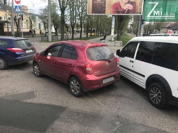 У центрі Черкас зіткнулися чотири автівки (ФОТО)