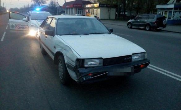 Водій втік: у Черкасах внаслідок ДТП постраждала 18-річна дівчина