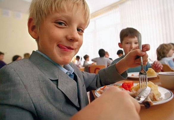 Щоб за вухами лящало: як може змінитися харчування в черкаських школах
