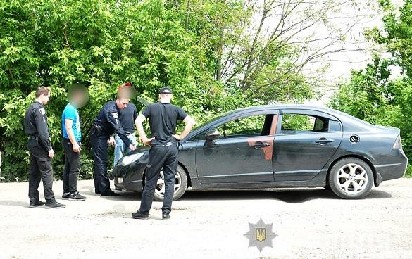 У Черкаському районі п'яний однокласник викрав у свого товариша автомобіль (ФОТО)