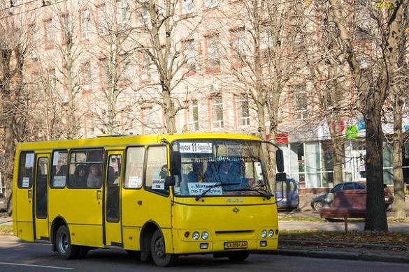 У Черкасах хочуть придбати нові автобуси на маршрут №11, але за однієї умови