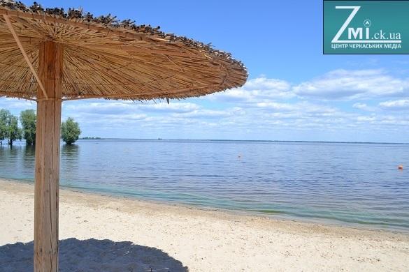 На двох черкаських пляжах цього літа з'являться душові