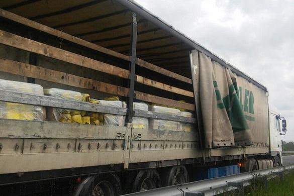 На Черкащині під час руху загорілася вантажівка
