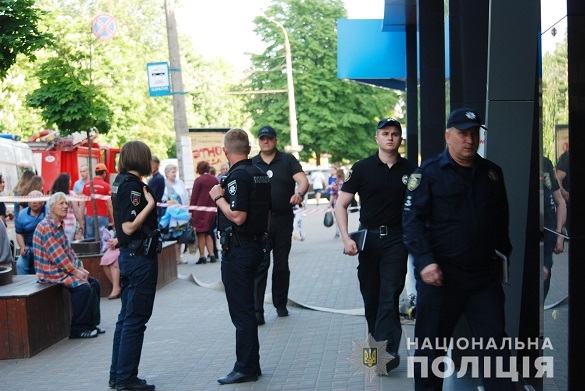 Поліція Черкас затримала жінку, яка повідомляла про замінування