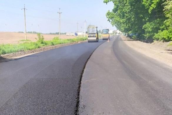 У Черкаському районі триває ремонт доріг