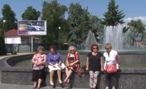 Черкасці просять повернути лавки на площу Богдана Хмельницького (ВІДЕО)