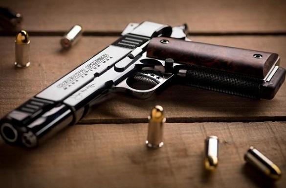 Черкащанин заховав зброю в непрацюючому аеропорту