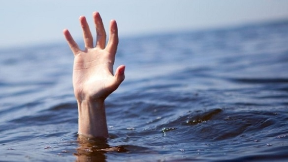 Поблизу Долини троянд у Черкасах з води витягли тіло загиблого чоловіка