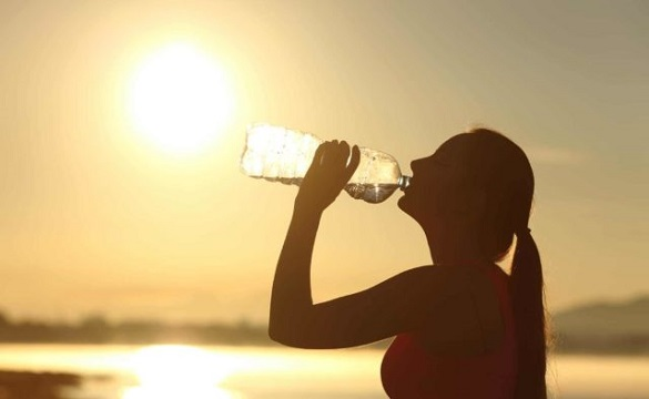 Панамка, крем від сонця і вода: черкащанам розповіли, як вберегтися від спеки влітку