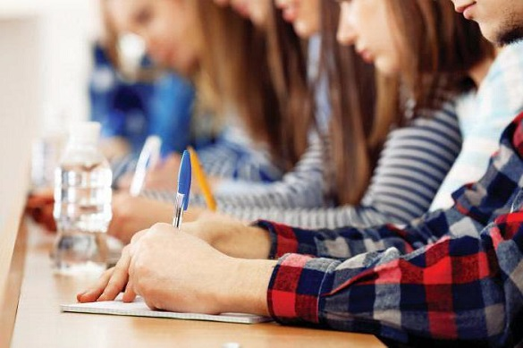 Відомі перші результати ЗНО: троє черкаських випускників здобули найвищі бали