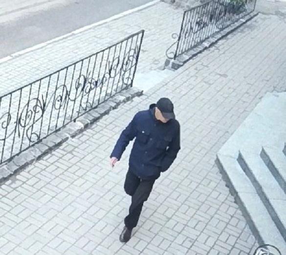 Оприлюднили фоторобот імовірного нападника на черкаського журналіста Вадима Комарова (ФОТО)
