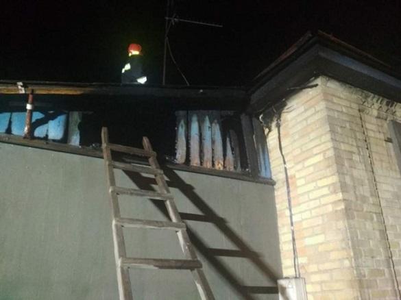 Через коротке замикання у Черкасах горів будинок