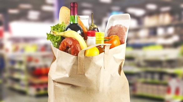 Черкасці назбирали голоси за заборону поліетиленових пакетів у крамницях міста