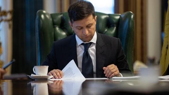 Зеленський звільнив п'ять голів РДА в Черкаській області