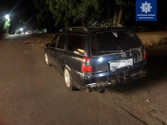 У Черкасах затримали п'яного водія, який кермував автомобілем із перебитими номерами