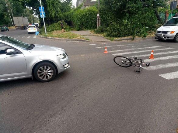 На перехресті у Черкасах збили велосипедиста (ФОТО)