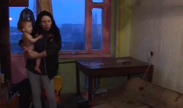 У Черкасах горе-матір, діти якої проживали в антисанітарії, позбавлять батьківських прав (ВІДЕО)