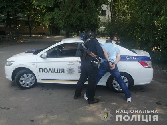 У Черкасах затримали чоловіка, який намагався пограбувати будинок (ФОТО)