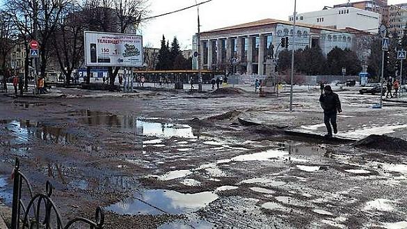 Громадський контроль: чиї ями на дорогах Черкас?