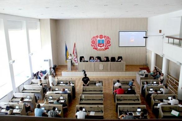 Черкаські депутати попросили перенести сесію