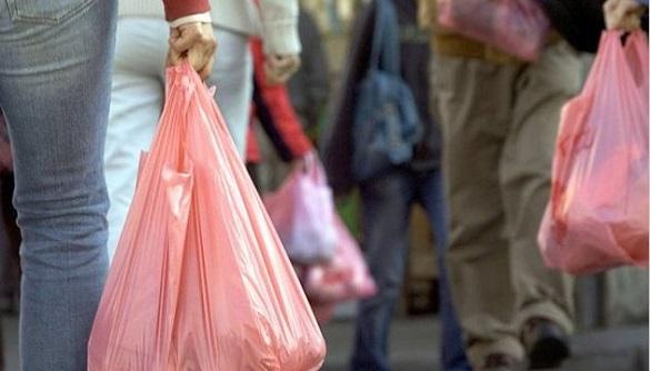 У Каневі хочуть поступово відмовитися від пластику