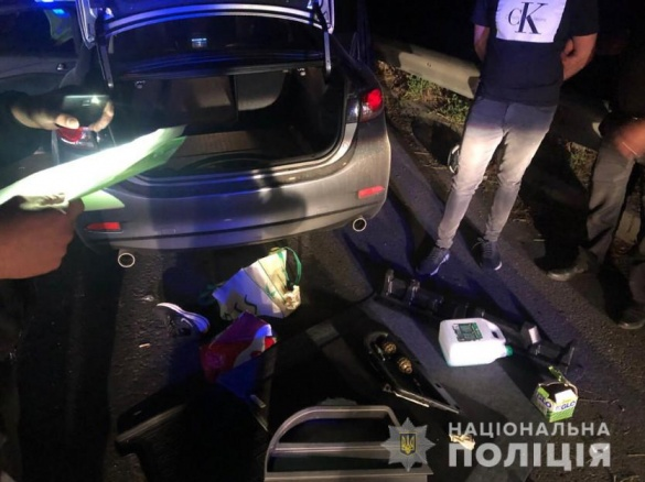 На Черкащині відбулася погоня за іноземцями з гранатами (ФОТО)