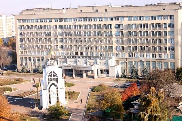 ТОП-100 популярних вишів в Україні серед абітурієнтів: які місця посіли черкаські вузи?