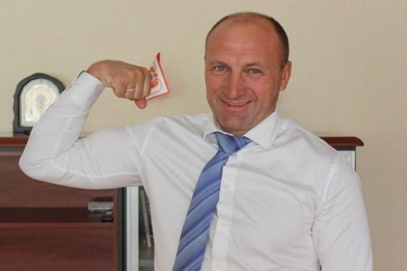 Мер Черкас готується до участі у спортивному челенджі (ВІДЕО)
