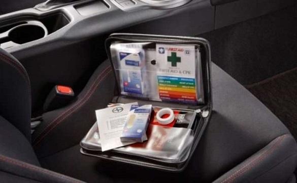 Журналісти перевірили черкаських водіїв на наявність у їхніх автівках аптечки (ВІДЕО)