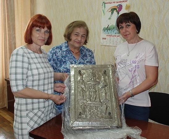 До черкаського музею повернувся відреставрований старовинний церковний оклад
