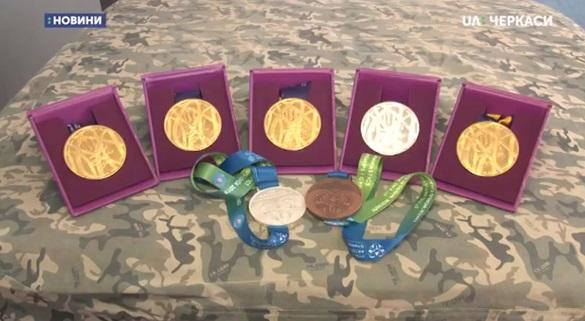 Черкаські гімнасти повернулися з нагородами Європейського юнацького олімпійського фестивалю (ВІДЕО)