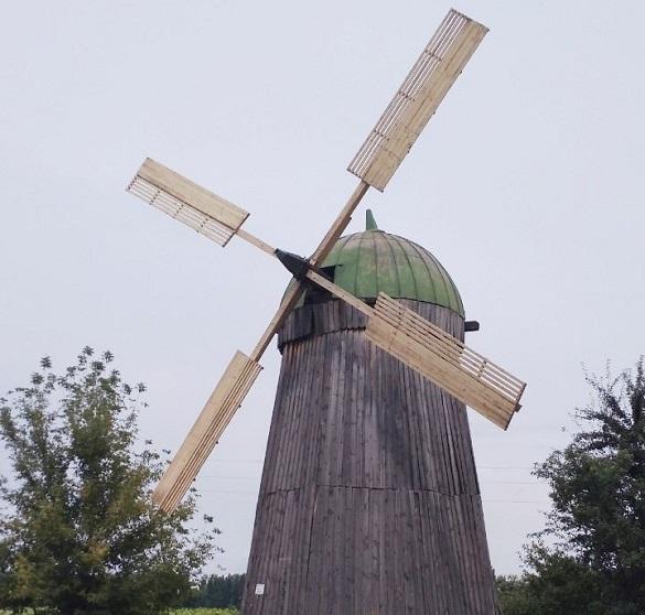 На Черкащині реставрували вітряк, що зберігся з часів дитинства Тараса Шевченка (ФОТО)