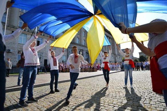 У Черкасах відзначили День прапора України (ФОТО)