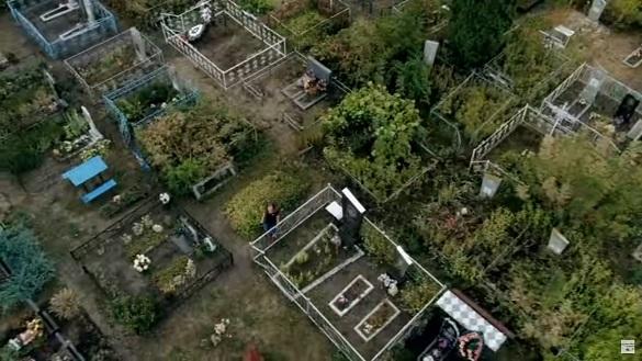 На Черкащині жінку задушили на кладовищі (ВІДЕО)