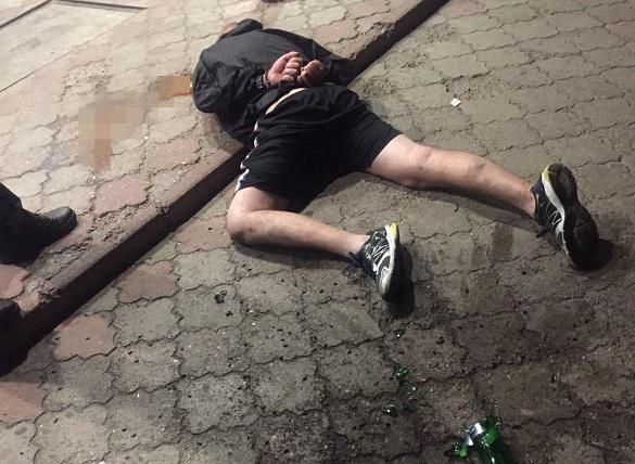 У Черкасах затримали дебошира, який погрожував відвідувачам магазину