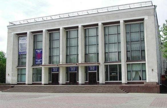 Стало відомо, на якому етапі ремонт черкаського драмтеатру