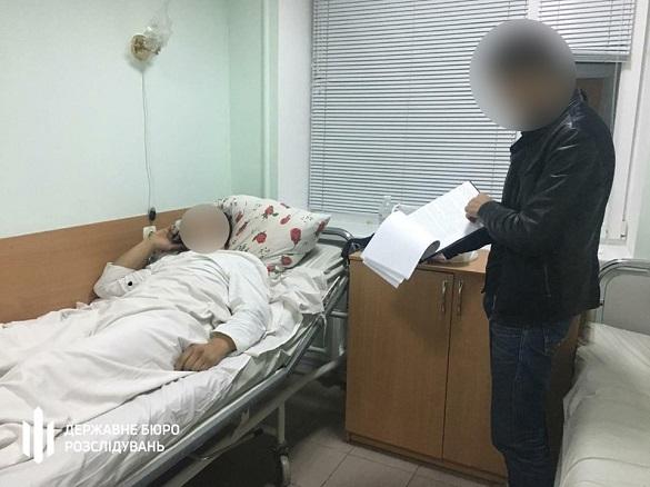 Двоє оперуповноважених у Черкасах відвезли до кладовища та побили чоловіка
