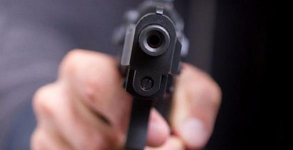 На Митниці в автівці розстріляли чоловіка