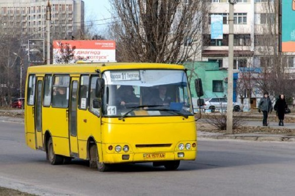 Черкаські маршрутки, які курсують через вулицю Гагаріна, на кілька днів змінять рух