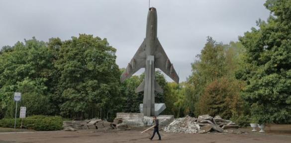 Один із символів Черкас нарешті дочекався свого ремонту (ФОТО)