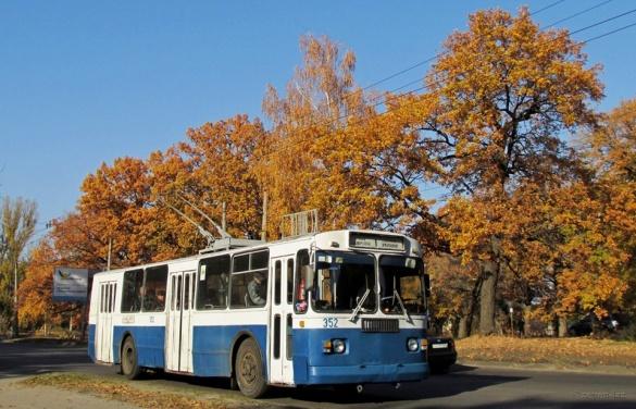 У неділю рух деяких черкаських тролейбусів буде змінено