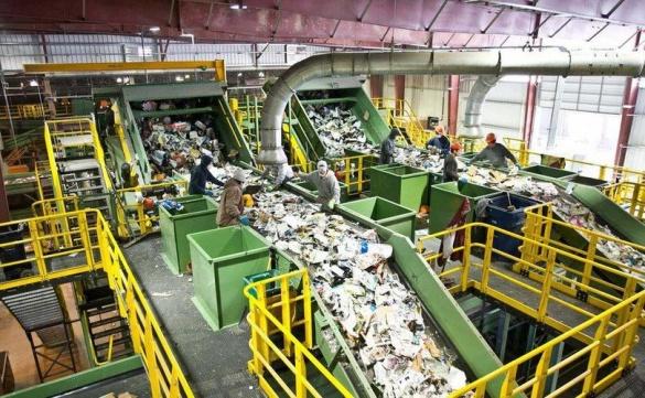 Очільник ОДА запевняє, що на Черкащині має бути три сміттєпереробних заводи