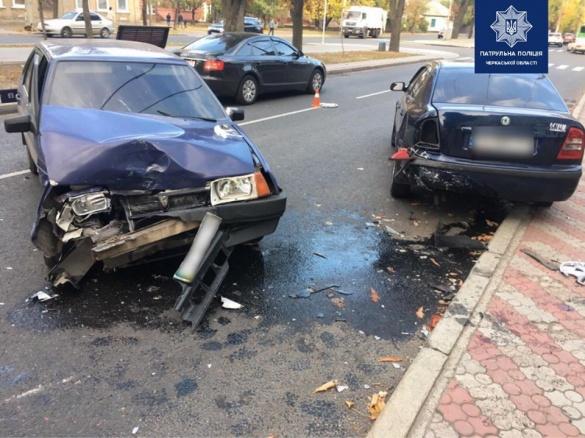 Збили жінку: стали відомі подробиці потрійної ДТП на бульварі Шевченка у Черкасах (ФОТО)
