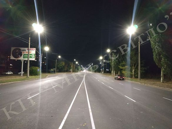 На ще одній вулиці у Черкасах встановили сучасне освітлення