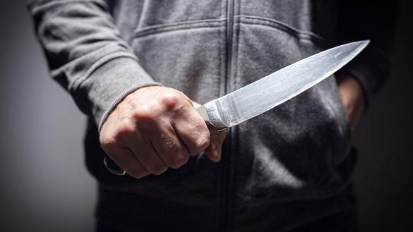 Як у фільмі жахів: у Черкасах група молодиків вбила чоловіка на очах у вагітної дружини (ВІДЕО)