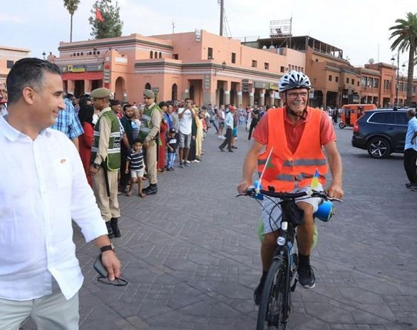 Шалена відстань: 73-річний дідусь з Черкащини дістався велосипедом до Африки
