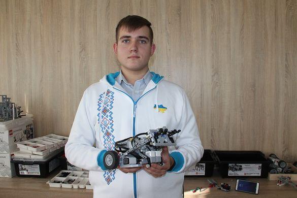 Черкащанин поїхав представляти Україну на Всесвітній олімпіаді