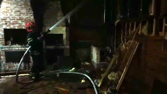 У Черкасах на території домоволодіння сталася пожежа