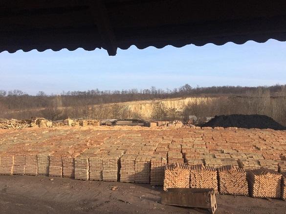 На Черкащині приватний цегельний завод завдав державі мільйонних збитків